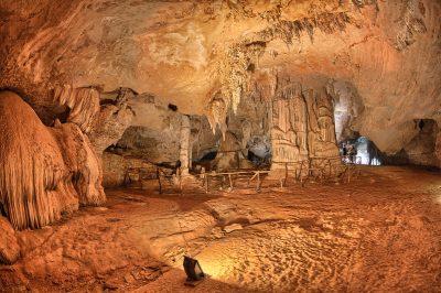 grotta bue marino dorgali con bambini