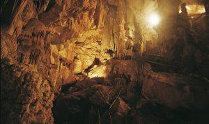 grotta ispinigoli dorgali con bambini