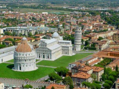 Pisa con bambini piazza dei miracoli