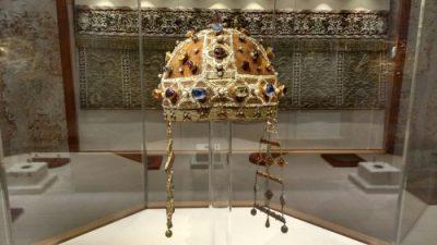 corona di Costanza d'Aragona