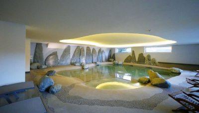 Hotel con piscina coperta in Lombardia