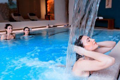 Hotel con piscina coperta in Puglia