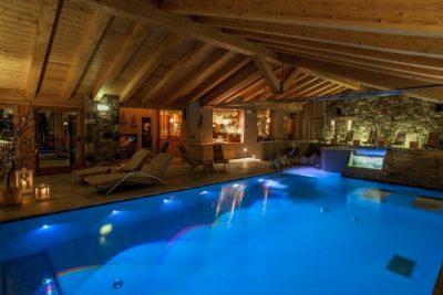hotel con piscina coperta in Italia valle d'aosta